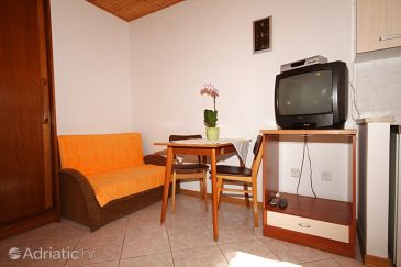 Studio flat AS-7192-a - Apartments Fažana (Fažana) - 7192