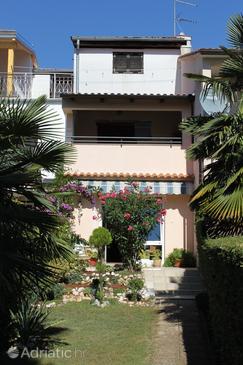 Property Rovinj (Rovinj) - Accommodation 7193 - Apartments with pebble beach.