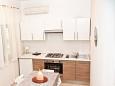 Ližnjan, Kitchen u smještaju tipa apartment, dostupna klima, dopusteni kucni ljubimci i WIFI.