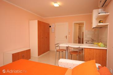 Studio flat AS-7217-a - Apartments Rovinj (Rovinj) - 7217