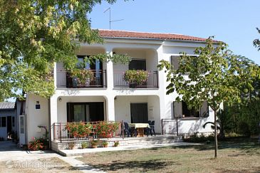 Property Valbandon (Fažana) - Accommodation 7225 - Apartments with pebble beach.
