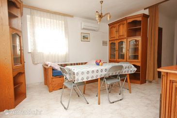 Apartment A-7228-b - Apartments Valbandon (Fažana) - 7228