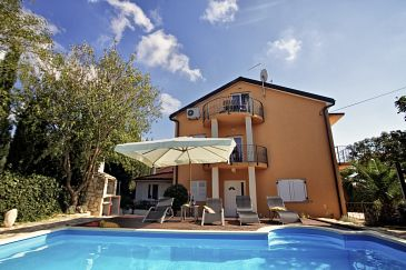 Property Medulin (Medulin) - Accommodation 7249 - Apartments with sandy beach.