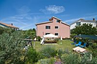 Apartments for families with children Fažana - 7255