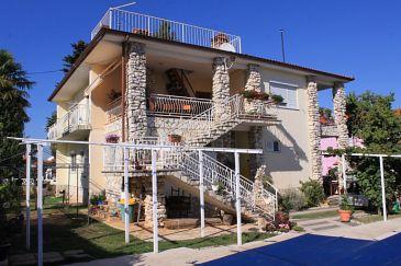 Obiekt Valbandon (Fažana) - Zakwaterowanie 7257 - Apartamenty ze żwirową plażą.