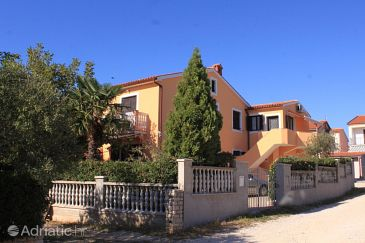 Property Fažana (Fažana) - Accommodation 7282 - Apartments with pebble beach.