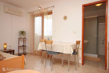 Studio flat AS-7291-a - Apartments Fažana (Fažana) - 7291