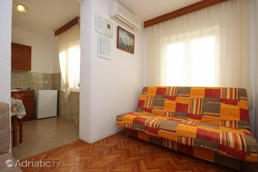 Apartment A-7316-b - Apartments Pješčana Uvala (Pula) - 7316