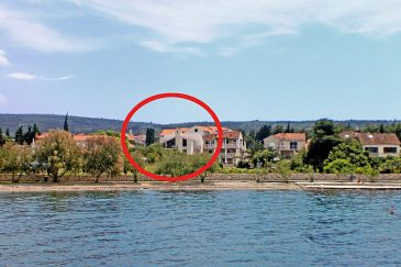 Property Mirca (Brač) - Accommodation 732 - Apartments near sea with pebble beach.