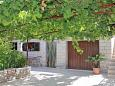 Courtyard Mirca (Brač) - Accommodation 732 - Apartments near sea with pebble beach.