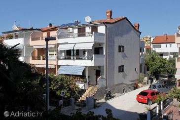 Property Rovinj (Rovinj) - Accommodation 7322 - Apartments with pebble beach.