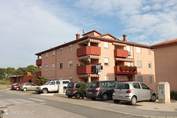 Property Pula (Pula) - Accommodation 7340 - Apartments with pebble beach.