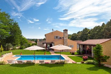 Property Prodol (Marčana) - Accommodation 7359 - Vacation Rentals with pebble beach.