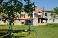 Family friendly house with a swimming pool Guran (Središnja Istra) - 7373