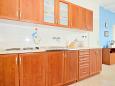 Poreč, Kitchen u smještaju tipa apartment, dostupna klima i WIFI.