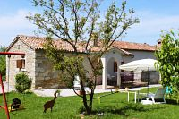Holiday house with a parking space Čepić (Središnja Istra) - 7404