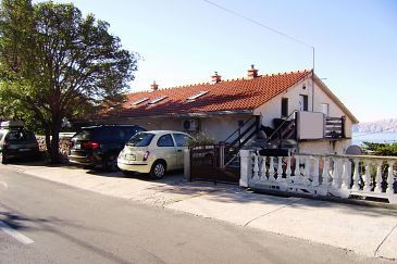 Property Novi Vinodolski (Novi Vinodolski) - Accommodation 7449 - Apartments with pebble beach.
