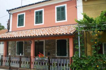 Property Čepić (Središnja Istra) - Accommodation 7470 - Vacation Rentals with pebble beach.