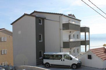 Obiekt Mali Rat (Omiš) - Zakwaterowanie 7482 - Apartamenty ze żwirową plażą.