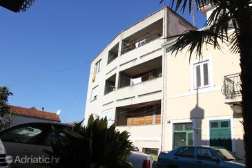 Property Split (Split) - Accommodation 7497 - Apartments with sandy beach.