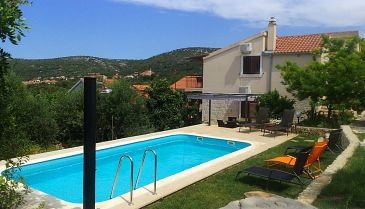 Property Vinišće (Trogir) - Accommodation 7510 - Apartments in Croatia.
