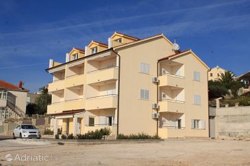 Property Rogoznica (Rogoznica) - Accommodation 7515 - Apartments with pebble beach.