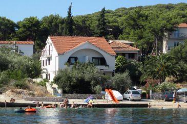 Property Rogoznica (Rogoznica) - Accommodation 7556 - Apartments near sea with pebble beach.