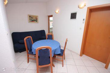 Apartment A-7559-b - Apartments Seget Vranjica (Trogir) - 7559