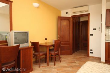 Studio flat AS-7561-b - Apartments Trogir (Trogir) - 7561