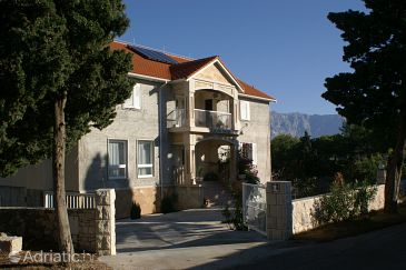 Property Sumartin (Brač) - Accommodation 757 - Apartments and Rooms with pebble beach.