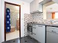 Kitchen - Apartment A-7571-d - Apartments Borak (Omiš) - 7571