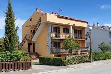 Property Valbandon (Fažana) - Accommodation 7579 - Apartments with pebble beach.