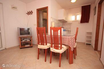Apartment A-7581-a - Apartments Okrug Gornji (Čiovo) - 7581