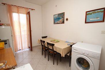 Apartment A-7585-b - Apartments Slatine (Čiovo) - 7585