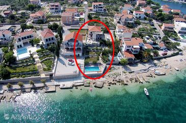 Property Ražanj (Rogoznica) - Accommodation 7606 - Apartments near sea with pebble beach.