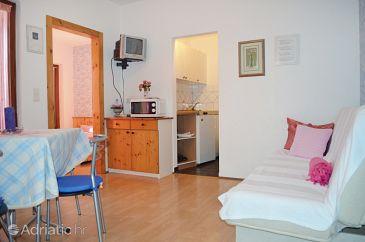 Apartment A-7612-c - Apartments Pješčana Uvala (Pula) - 7612