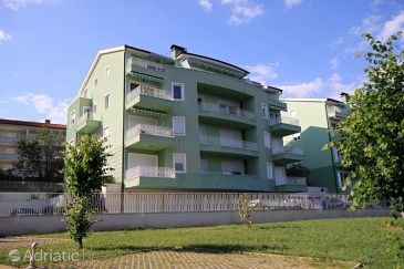 Property Ičići (Opatija) - Accommodation 7759 - Apartments with pebble beach.