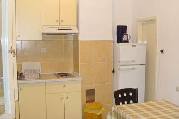 Ika, Kitchen u smještaju tipa apartment, WIFI.