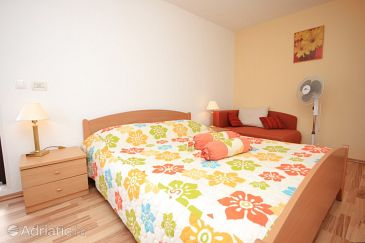 Room S-7799-a - Apartments and Rooms Brseč (Opatija) - 7799