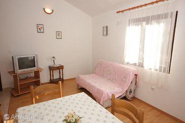 Apartment A-7815-b - Apartments Uvala Ljubljeva (Trogir) - 7815