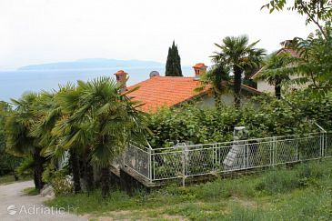 Property Ičići (Opatija) - Accommodation 7822 - Apartments with pebble beach.
