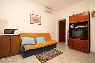Opatija - Pobri, Living room u smještaju tipa apartment, dostupna klima i WIFI.