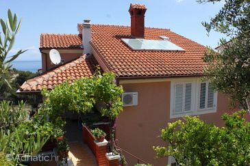 Property Mali Lošinj (Lošinj) - Accommodation 7878 - Apartments near sea with pebble beach.