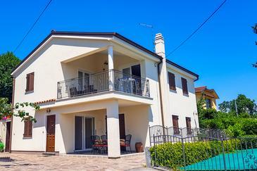 Property Ika (Opatija) - Accommodation 7932 - Apartments with pebble beach.