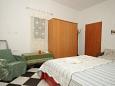 Bedroom - Apartment A-7935-b - Apartments Artatore (Lošinj) - 7935