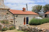 Дом для отдыха с парковкой Stivan (Cres) - 7947