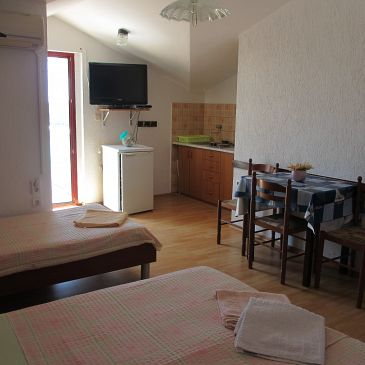 Studio flat AS-7951-a - Apartments Ćunski (Lošinj) - 7951