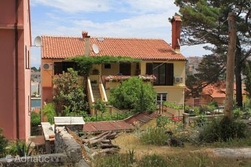 Property Mali Lošinj (Lošinj) - Accommodation 7957 - Apartments near sea with sandy beach.
