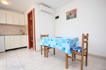 Apartment A-7983-a - Apartments Cres (Cres) - 7983