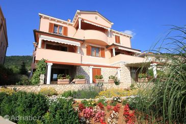Property Cres (Cres) - Accommodation 7985 - Apartments with pebble beach.